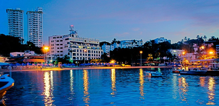 Panoramica del hotel Acamar Beach Resort Acapulco