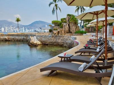Brisas_Acapulco_area_camastros_club_de_playa_la_concha.jpg2hDSK6ZovjcQjarW
