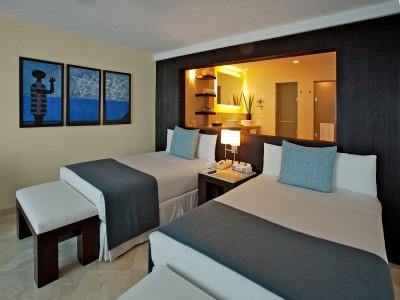 grand_park_royal_luxury_resort_cancun_0yfxGCej5NPV4jmVs