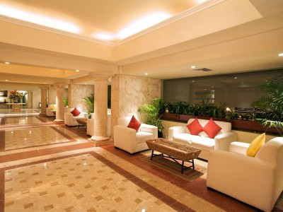 grand_park_royal_luxury_resort_cancun_13o6BUW6zg13DITdLe