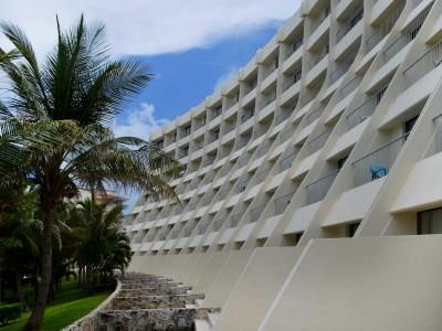 grand_park_royal_luxury_resort_cancun_76eO7zWLG2rSK2LLZ