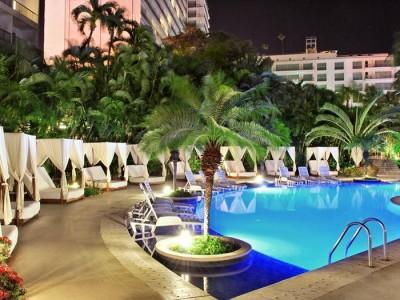 hotel_emporio_acapulco_alberca_para_adultosGR2xJwRdrNMCVLdJ