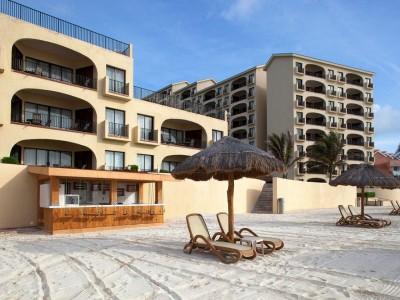 hotel_emporio_family_cancun_palapas_playamHIoRto7edo4TnwY