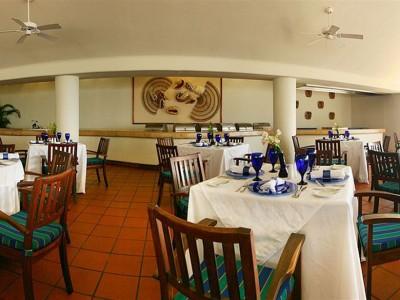 hotel_emporio_ixtapa_restauranteD6N3nQAGYITHBQgn