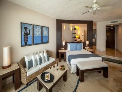 hotel_grand_park_royal_cancun_01dtFf9pSRgyijj4U1