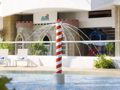 hotel_krystal_beach_acapulco_002Mdrxfkye5NlMS2sG