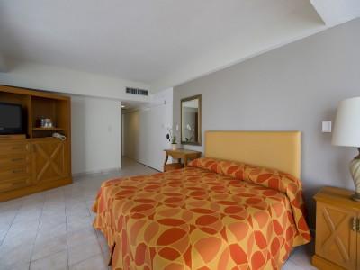 hotel_krystal_beach_acapulco_03ClftNcJmKoRSlZ6P