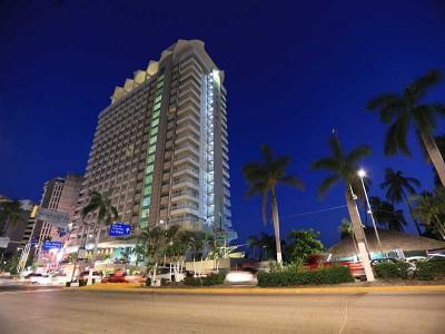hotel_krystal_beach_acapulco_BKKcLyFwVrYoA94E