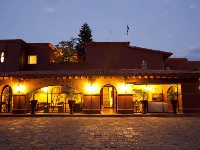 hotel_mision_casa_colorada_5AtIpnW414VjJOxDB