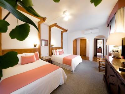 hotel_mision_guanajuato_009TfUHhFdJWbyAyLTk