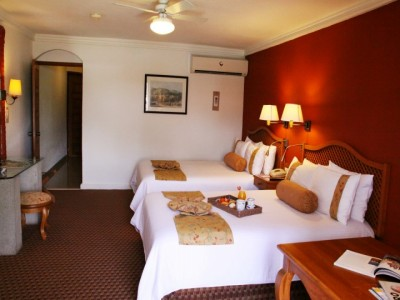 hotel_mision_juriquilla_queretaro_05cUE7PWYoztDTc473