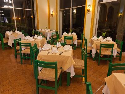 hotel_mision_muralla_queretaro_05OYATzzTI5DLPg8wH