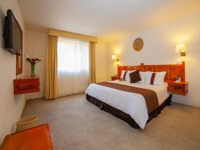 hotel_mision_muralla_queretaro_3CYJPxaW9RCO3zH7I