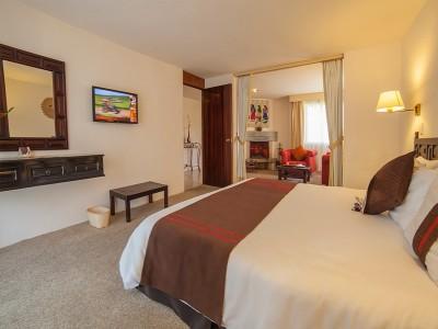 hotel_mision_muralla_queretaro_7gkJl0mPCQTtMikYA