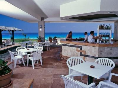 hotel_park_royal_cancun_bar02BnPDrWRo5Jl7Ok