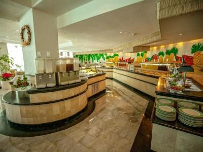 hotel_park_royal_cancun_buffetUVwuyq3CKRYXkA7g