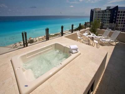 hotel_park_royal_cancun_jacuzzi_vistahljJe5G8c7uJ45a6