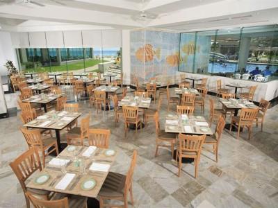 hotel_park_royal_cancun_restaurante1b9qHdaJbtMPpRE0S