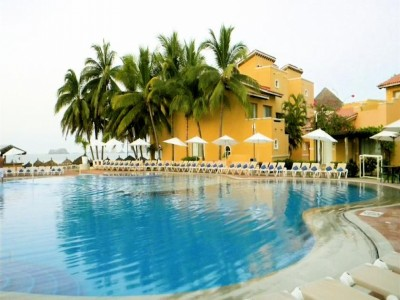 hotel_tesoro_ixtapa_alberca17RXR0XxtwC7jZU33