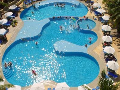 hotel_tesoro_ixtapa_vista_albercaghr1f5BVZ5C6TLLw