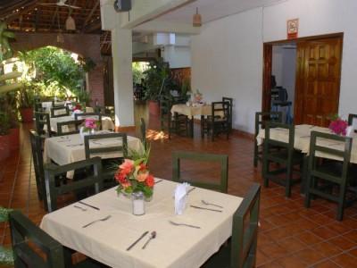 hotel_villas_paraiso_ixtapa_2yCdgbKT4p1r9ot3U