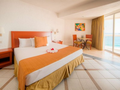 park_royal_beach_resort_ixtapa_15MO8hnU1dktCuf3RX