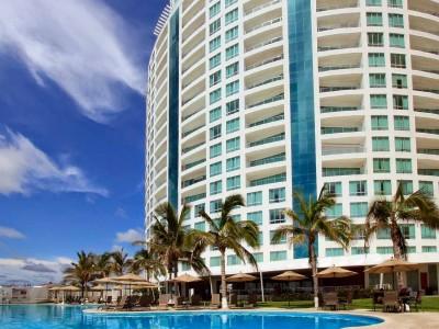 parl_royal_beach_resort_mazatlan_5FRYR6O6WebOfJ4s
