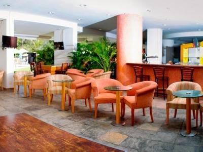 Lobby Bar Oasis